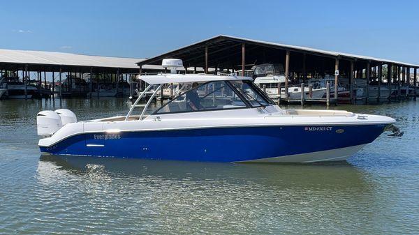 Everglades 340DC