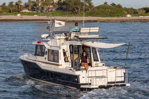 Ranger Tugs R-29 CB image
