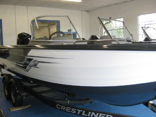 Crestliner 2250 Authority - main image