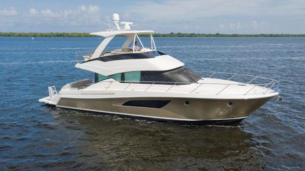Tiara Yachts 50 Flybridge