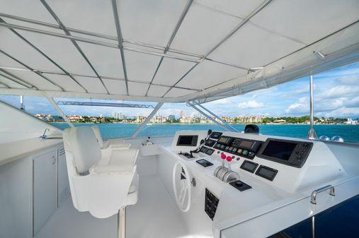 Hatteras 92 Motor Yacht image