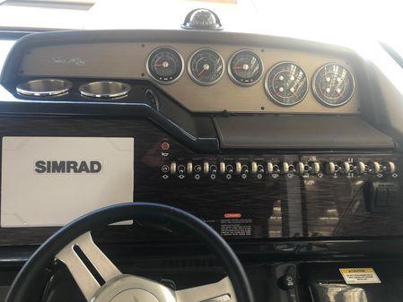 Sea Ray Sundancer 350 Coupe image