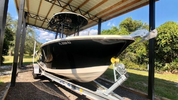 Carolina Skiff Sea Chaser 24HFC