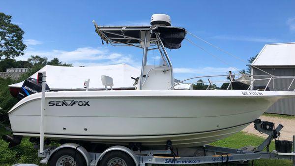 Sea Fox 230 Center Console