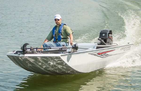 2018 Crestliner 1657 Outlook Stick Steer