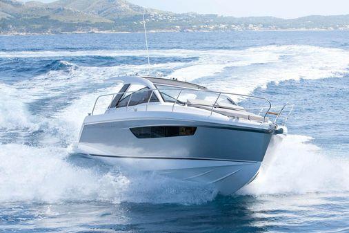 Sealine S330 image