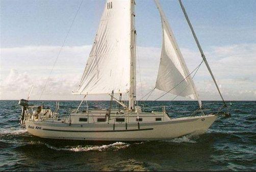 Pacific Seacraft 31 image