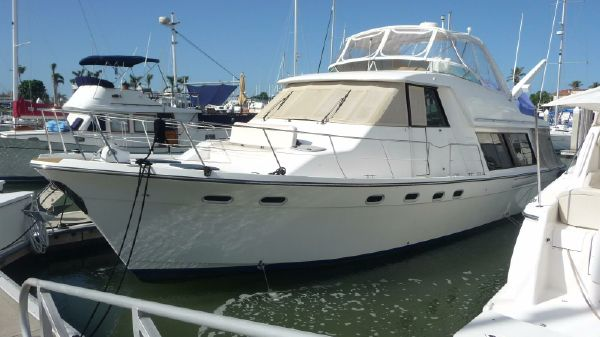 Bayliner 4788 Pilothouse Profile