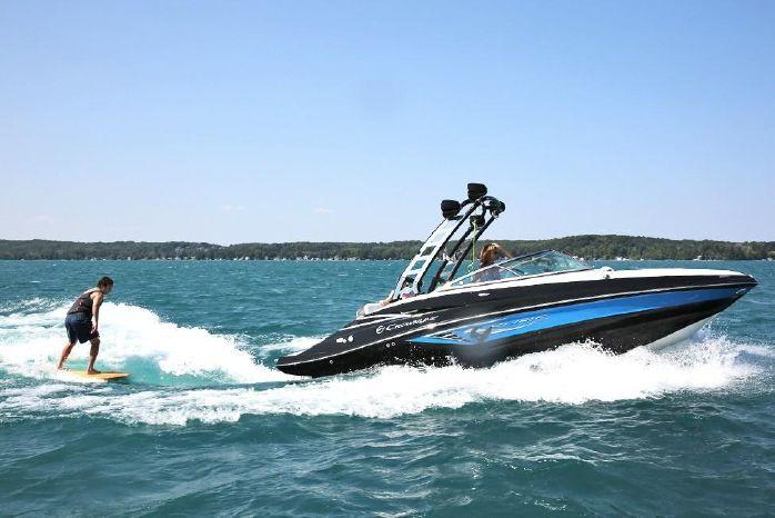 2019 Crownline Eclipse E235 Surf - D & R Boat World