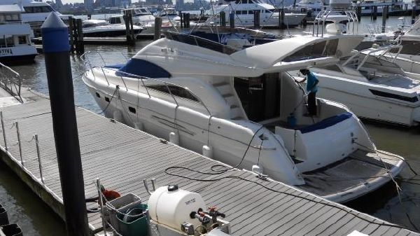 Viking Princess 52 Sport Cruiser W 825 HRS