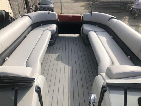 Avalon LTD EXCALIBUR 27' - EWS - TWIN 350'S - 700 HP image