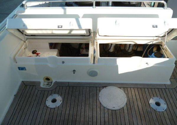 White Shark 268 image