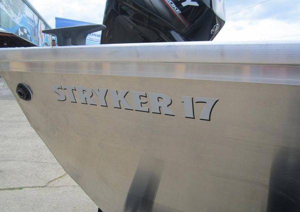 Lowe Stryker 17 image