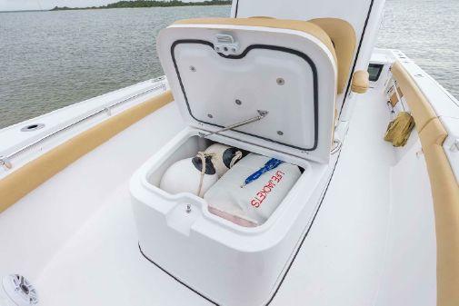 Sportsman Masters 247OE Bay Boat image