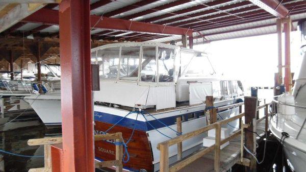 Chris-Craft 45 Motor Yacht