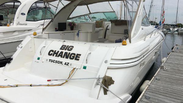 Cruisers Yachts 4270 Express