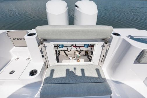 Sportsman Open 282 Center Console image