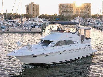 1999 Cruisers Yachts<span>3750 Motor Yacht</span>