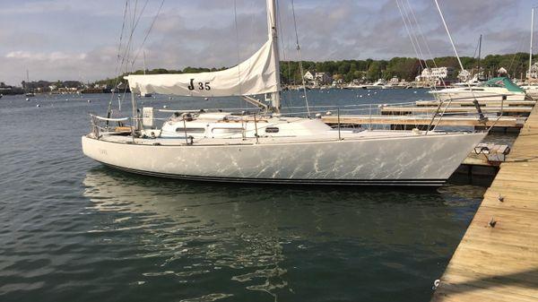 J Boats 35