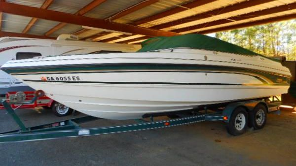 Chaparral 2330 Sport Bowrider
