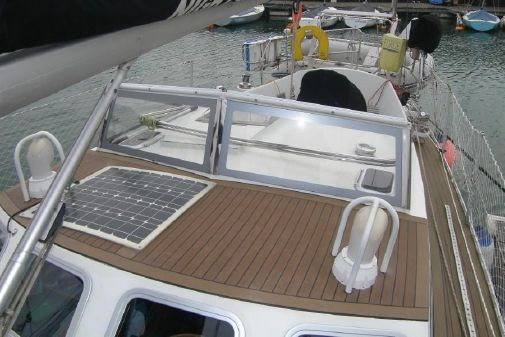 One Design Dewar 38 image