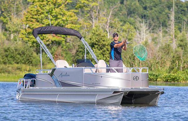 2018 Avalon Venture Bow Fish - 18'