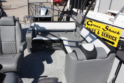 Avalon Catalina VRB - 23' image