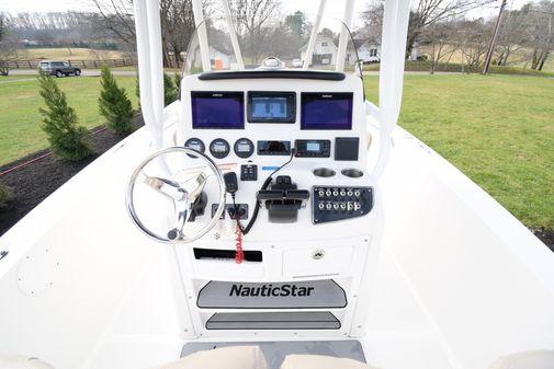 NauticStar 25XS image