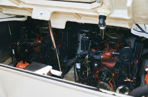 Regal 3260 Commodore image