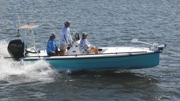 Piranha Magro P180