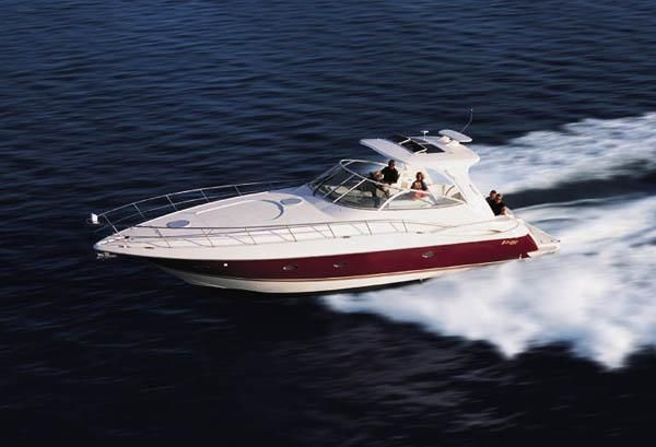 2004 Cruisers Yachts
