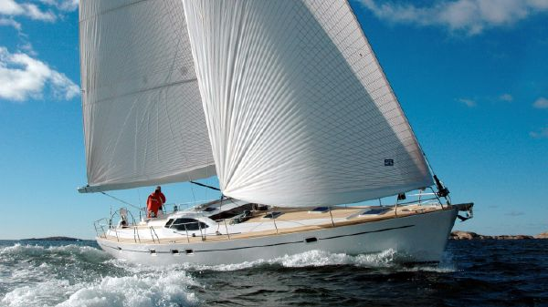 Erixon Yachts AB Farr 525 Deck Saloon