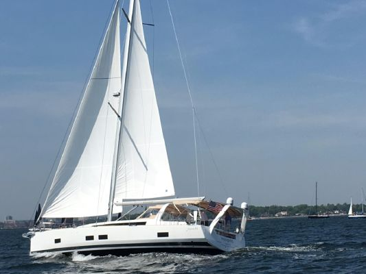 Beneteau Oceanis 55 - main image