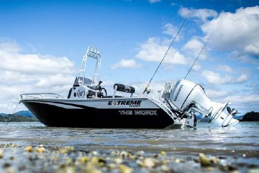 Extreme Boats 545 Centre Console image