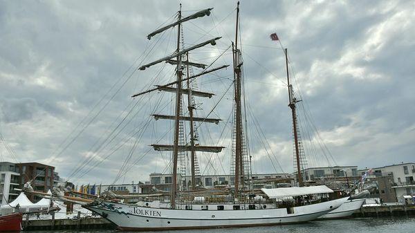 Custom 42m Topsail Schooner - Event Charter
