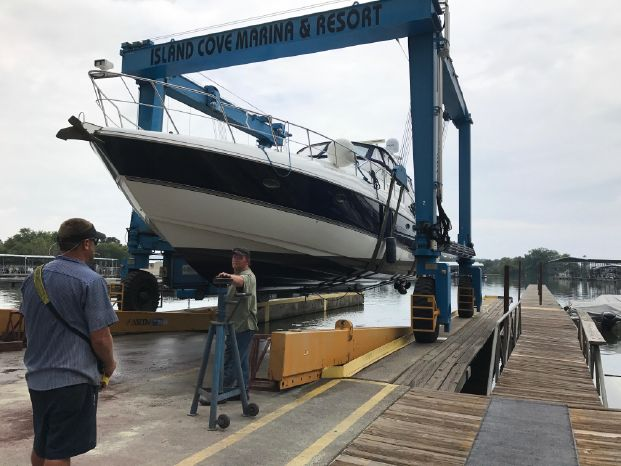 2008 Cruisers Yachts Buy Connecticut
