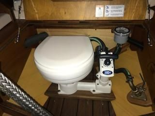 Van Dam Custom Tender image