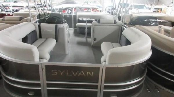 Sylvan 8520 Mirage Cruise