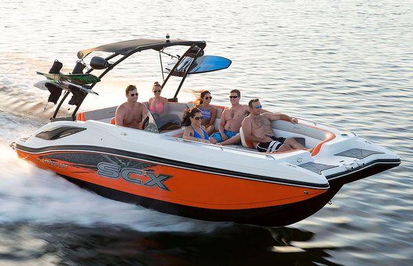 2020 Starcraft SCX Surf 211 IO