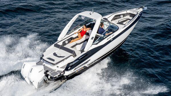 Monterey 305 Super Sport