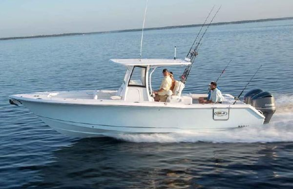 2019 Sea Hunt Gamefish 30 With Forward Seating