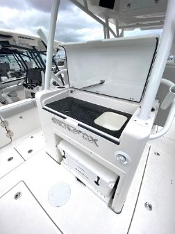 Sea Fox 328 Commander image