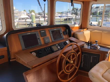 Nordic Tugs 42 Fly Bridge image