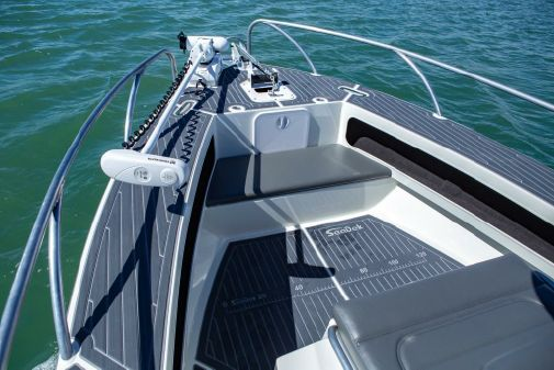 Extreme Boats 745 Centre Console image