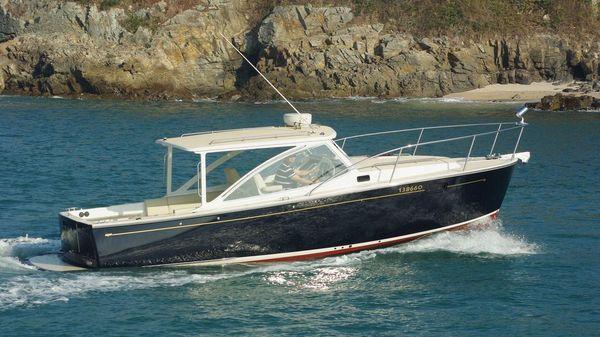 MJM Yachts 29z Express HT