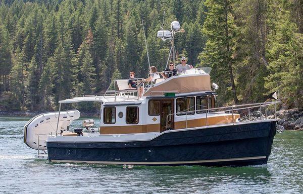 2022 Ranger Tugs R-31 CB