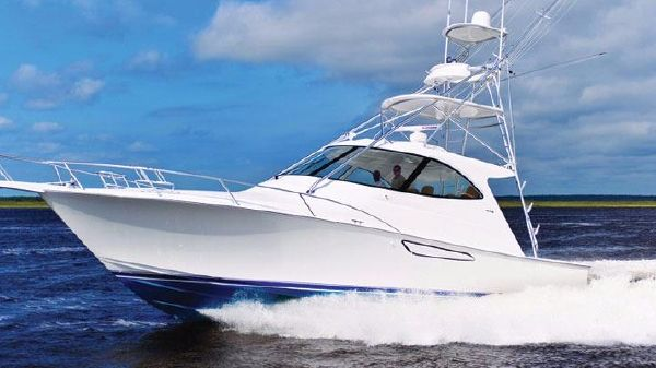 Viking Yacht 42 Sport Tower Port Side