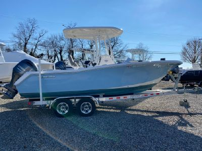 2018 Tidewater<span>220 LXF</span>