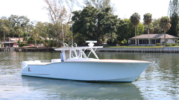 Custom Carolina Robin Smith 39 w/ Seakeeper