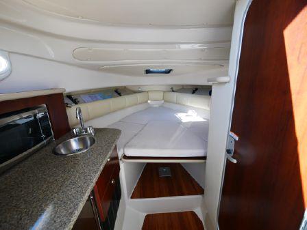 Robalo 265 Cuddy Cabin image